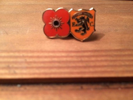 Traditional Poppy Pin Badge with Retro badge £3.65 inc Postage